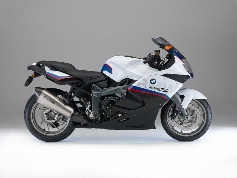 BMW K1300S Motorsport 2015 chính thức lộ diện
