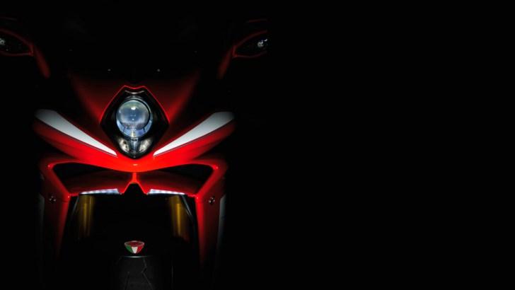 Mercedes-Benz sẽ mua MV Agusta