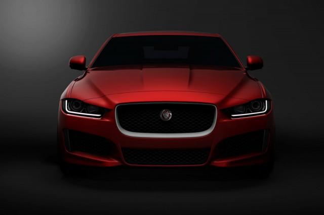 Jaguar XE Sedan sẽ ra mắt vào ngày 8 tháng 9 tới
