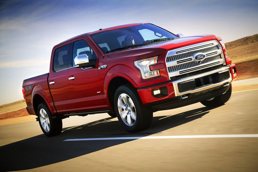 Ford F-150 2015 tăng giá 400 USD