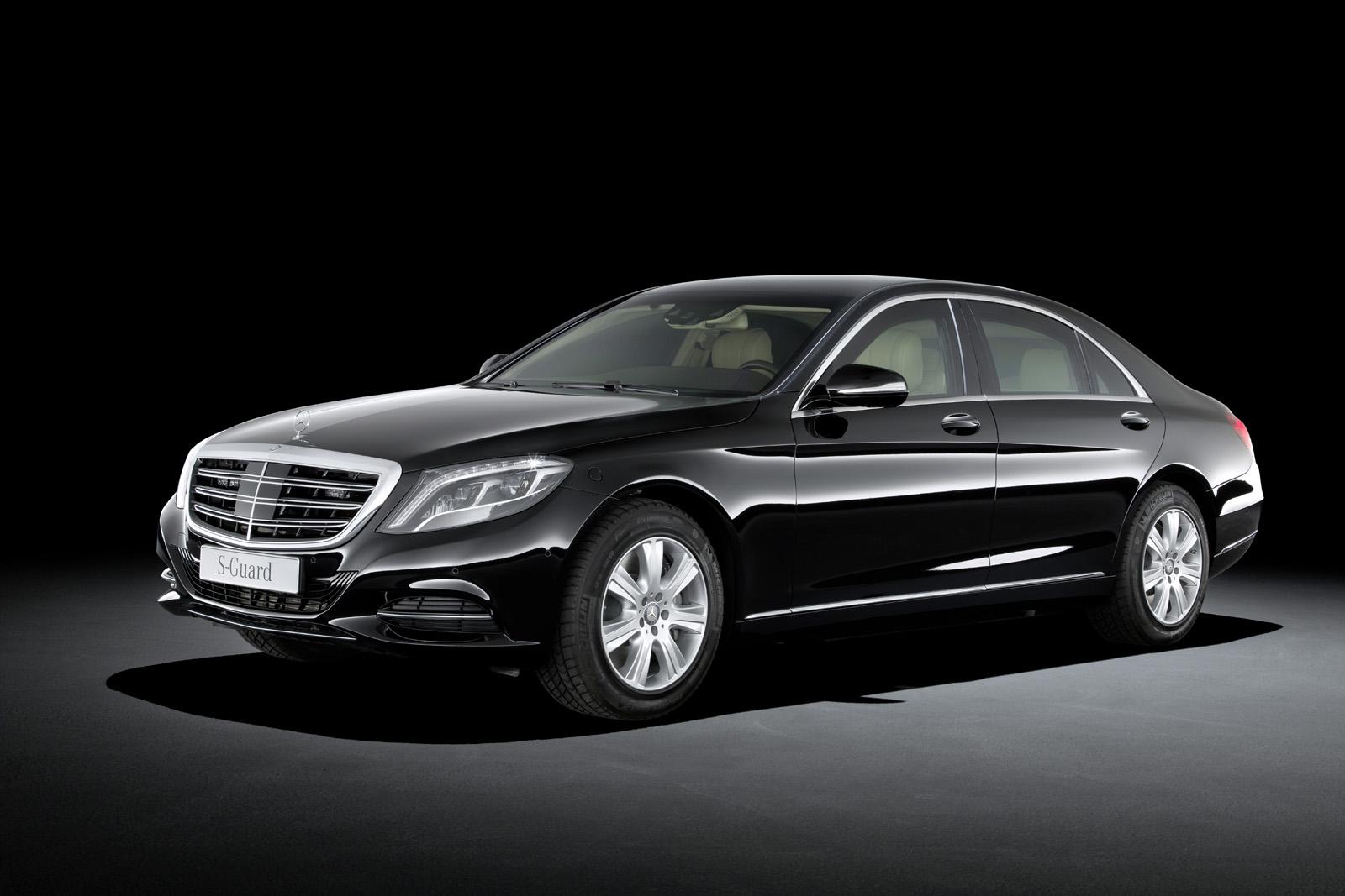 Mercedes-Benz ra mắt S-Class đặc biệt dành cho chính khách