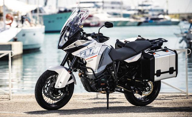 KTM 1290 Super Adventure 2015 ra mắt vào ngày 30/9 tới