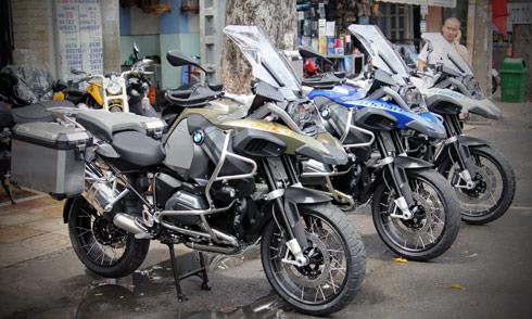 Bộ ba BMW R1200 GSA 2014 đầu tiên tại Việt Nam