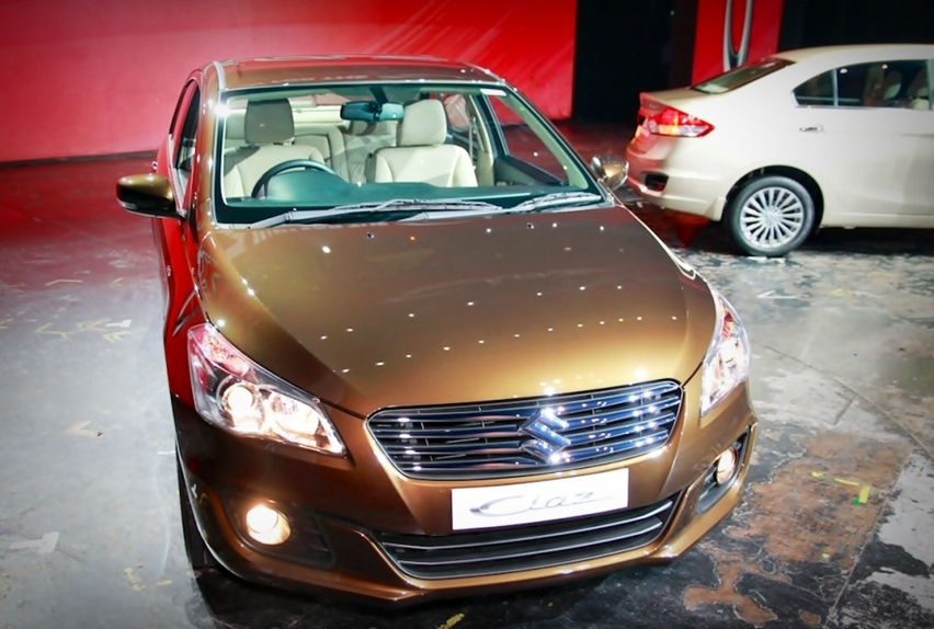 Chi tiết sedan giá chỉ 242 triệu của Suzuki khiến dân Việt phát thèm