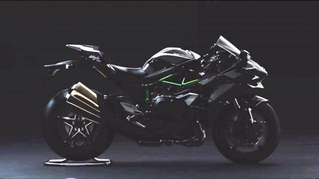 Kawasaki Ninja H2 bản đường phố mạnh 200 mã lực