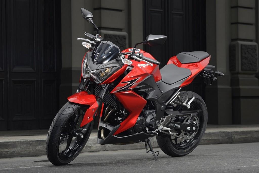 Kawasaki sắp ra mắt cùng lúc 2 mẫu mô-tô vào ngày 16/10 tới
