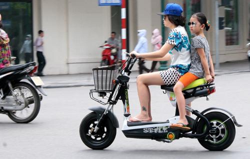 Hoãn lệ phí trước bạ xe máy điện đến tháng 6/2015