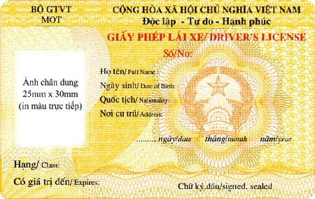 Gia hạn đổi GPLX ô tô thêm 1 năm