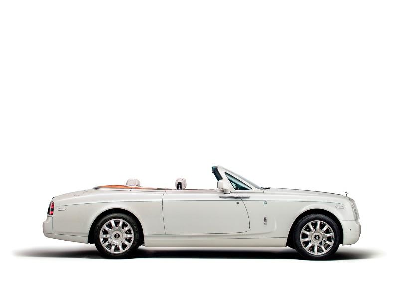 Rolls-Royce ra mắt xe mui trần độc nhất cho quý tộc Dubai