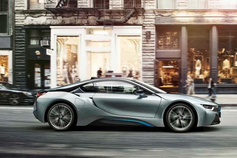 BMW i8s sẽ có sức mạnh đến 500 mã lực