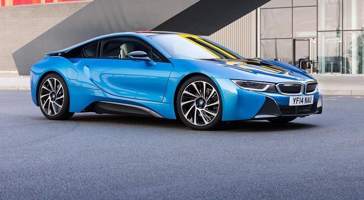 BMW i8 triệu hồi sau khi giành giải xe của năm