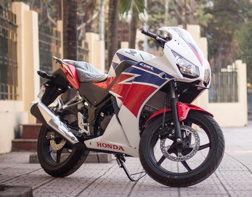 Cận cảnh Honda CBR150 2015 vừa được nhập về Hà Nội
