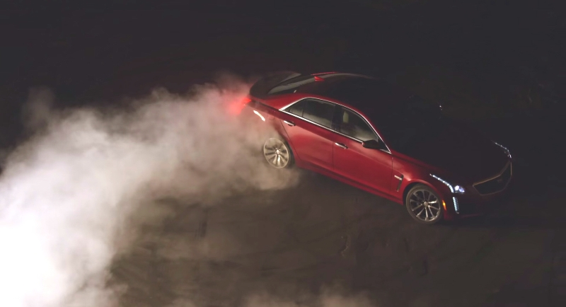Cadillac CTS-V Sedan 2016 nóng bỏng trước triển lãm