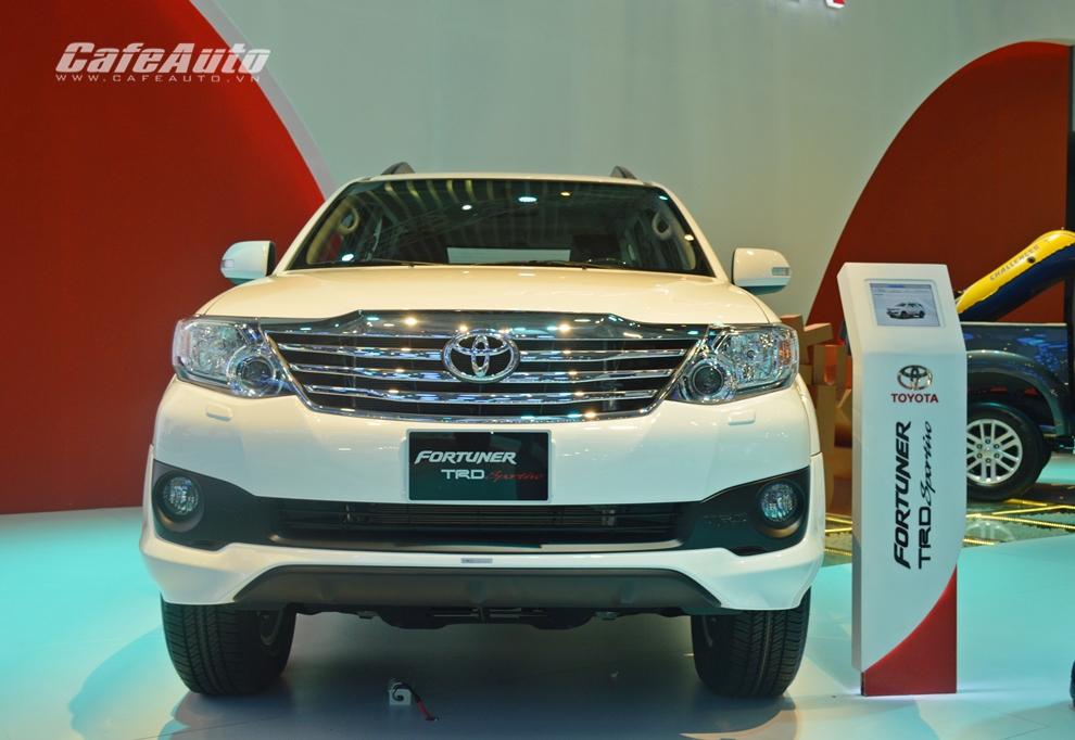 Toyota Việt Nam bán được 41.205 xe trong năm 2014