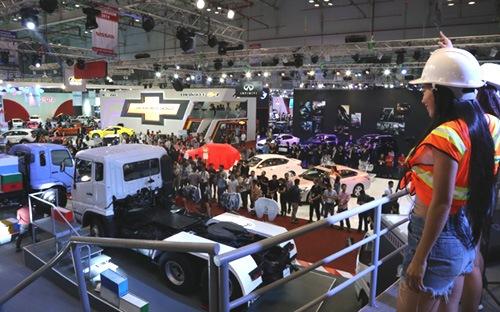 Xe nhập, bất ngờ lớn nhất của thị trường ôtô 2014