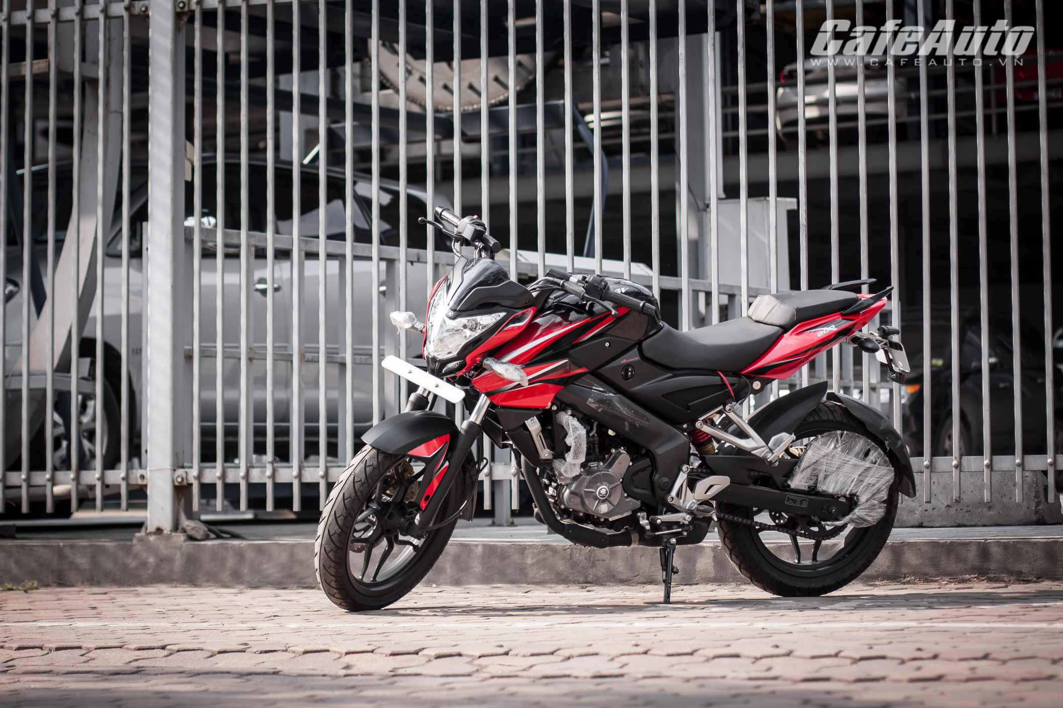 96 triệu đồng, naked-bike giá rẻ Bajaj Pulsar 200NS có gì?