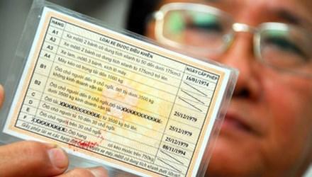 Bỏ giấy khám sức khỏe khi đổi bằng lái