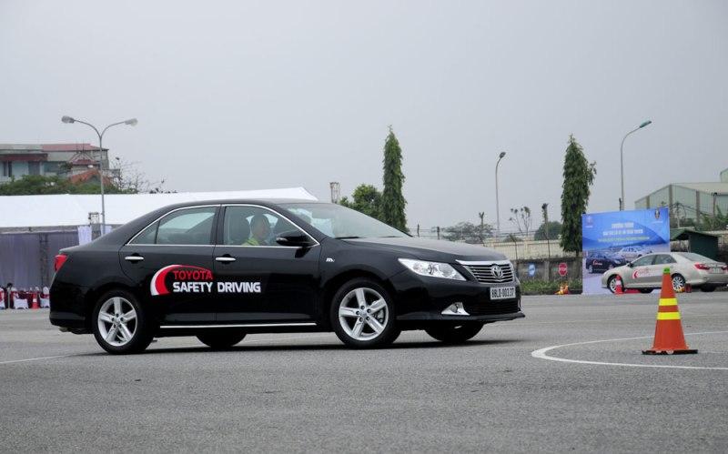 Toyota tổ chức chương trình đào tạo giảng viên lái xe an toàn đầu tiên