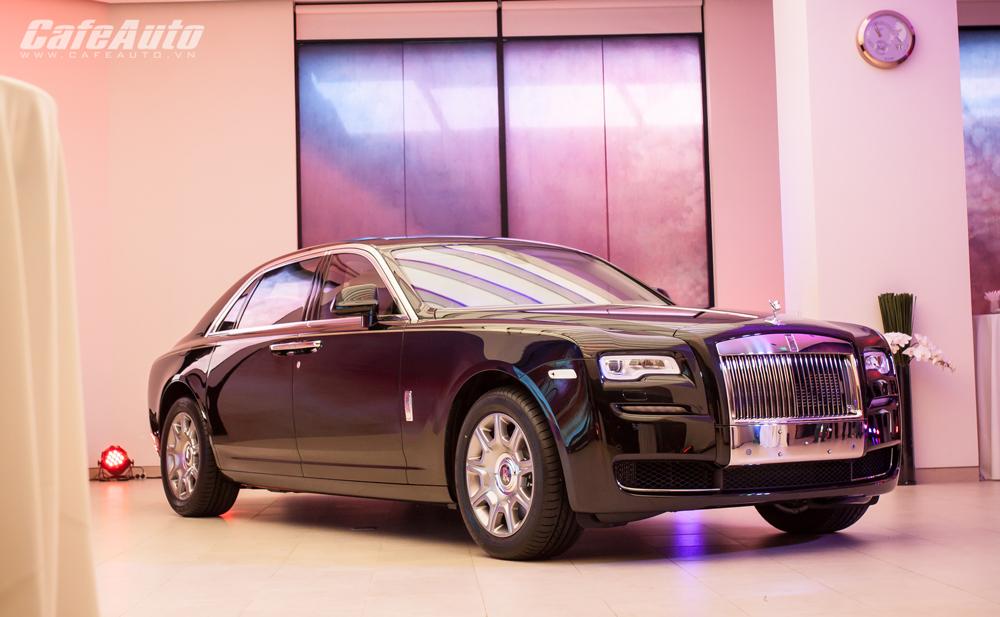 Rolls-Royce không xem Mercedes-Maybach là đối thủ