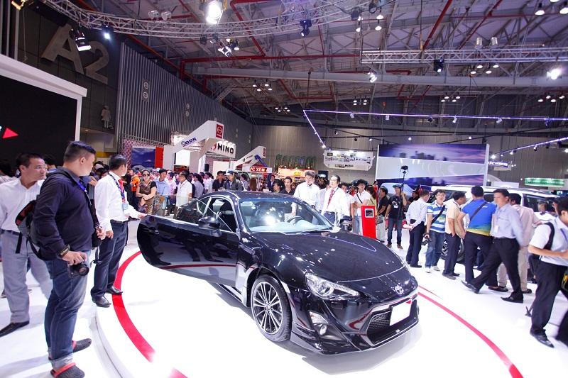 Ngành ô tô tăng trưởng 76% trong 2 tháng đầu năm