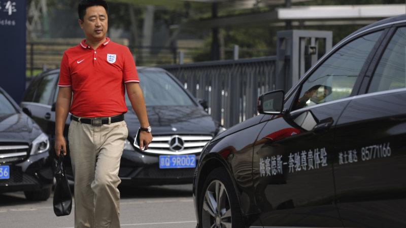 Trung Quốc lại gây khó dễ cho Mercedes, Nissan và Volkswagen