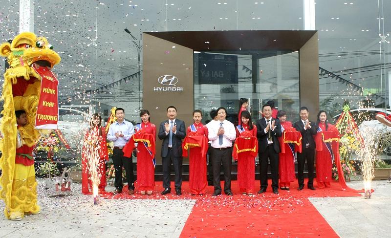 Hyundai Thành Công khai trương 2 đại lý mới