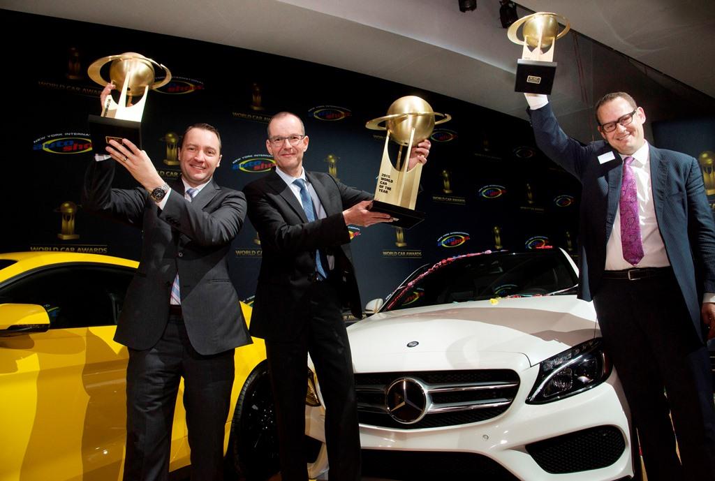 Mercedes-Benz lập cú hat-trick tại giải thưởng xe của năm