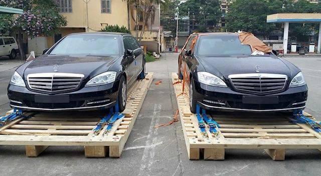 Cặp đôi xe sang bọc thép hơn 30 tỷ  tại Hà Nội
