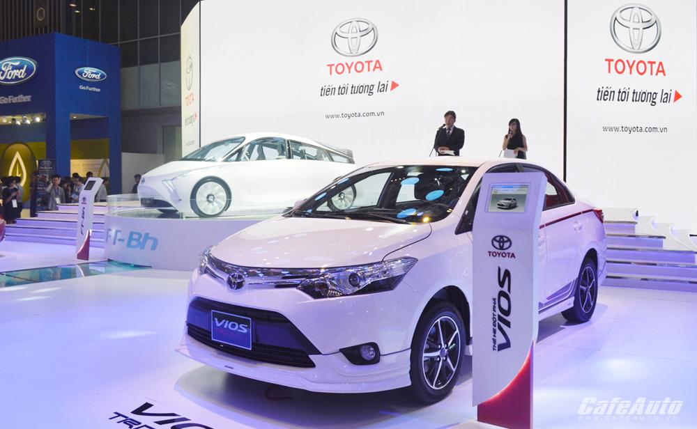 """Đằng sau """"yêu sách"""" vô lý và lời hứa bánh vẽ của Toyota"""