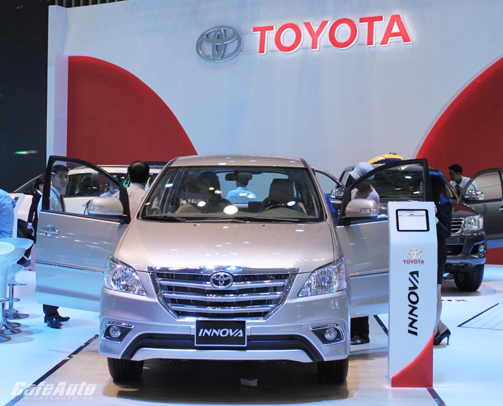 Toyota lại vô địch bảng xếp hạng xe bán chạy tháng 4/2015