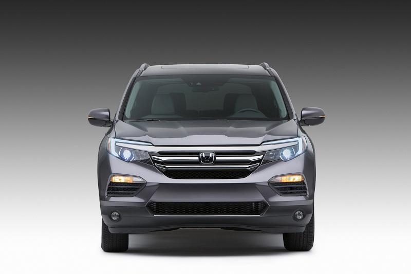 Honda Pilot 2016 có giá bán từ 30.875 USD