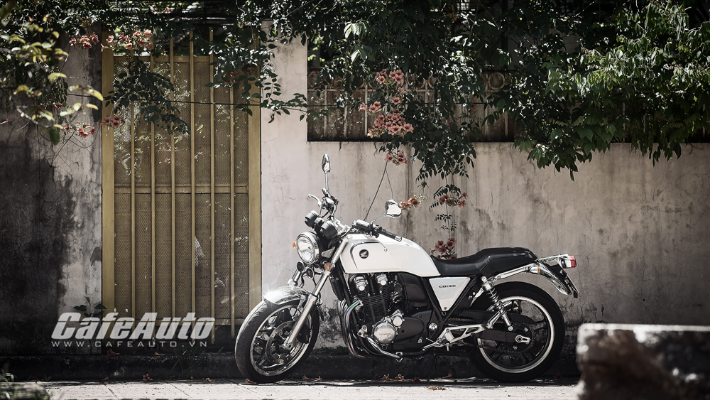 """Honda CB1100 - Nỗi """"ám ảnh"""" của những kẻ yêu hoài cổ"""