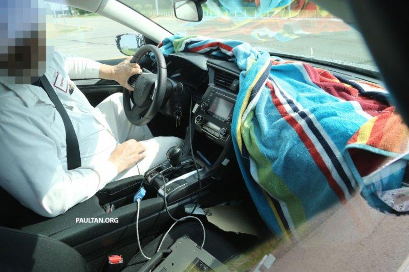Honda Civic mới lộ ảnh nội thất trên đường thử