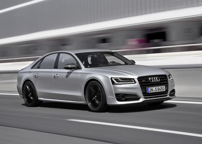 S8 plus: Sedan mạnh nhất của Audi
