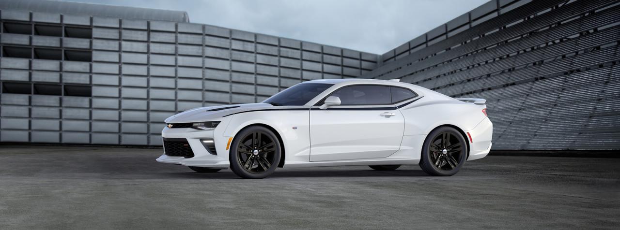 Chevrolet Camaro 2016 công bố giá bán