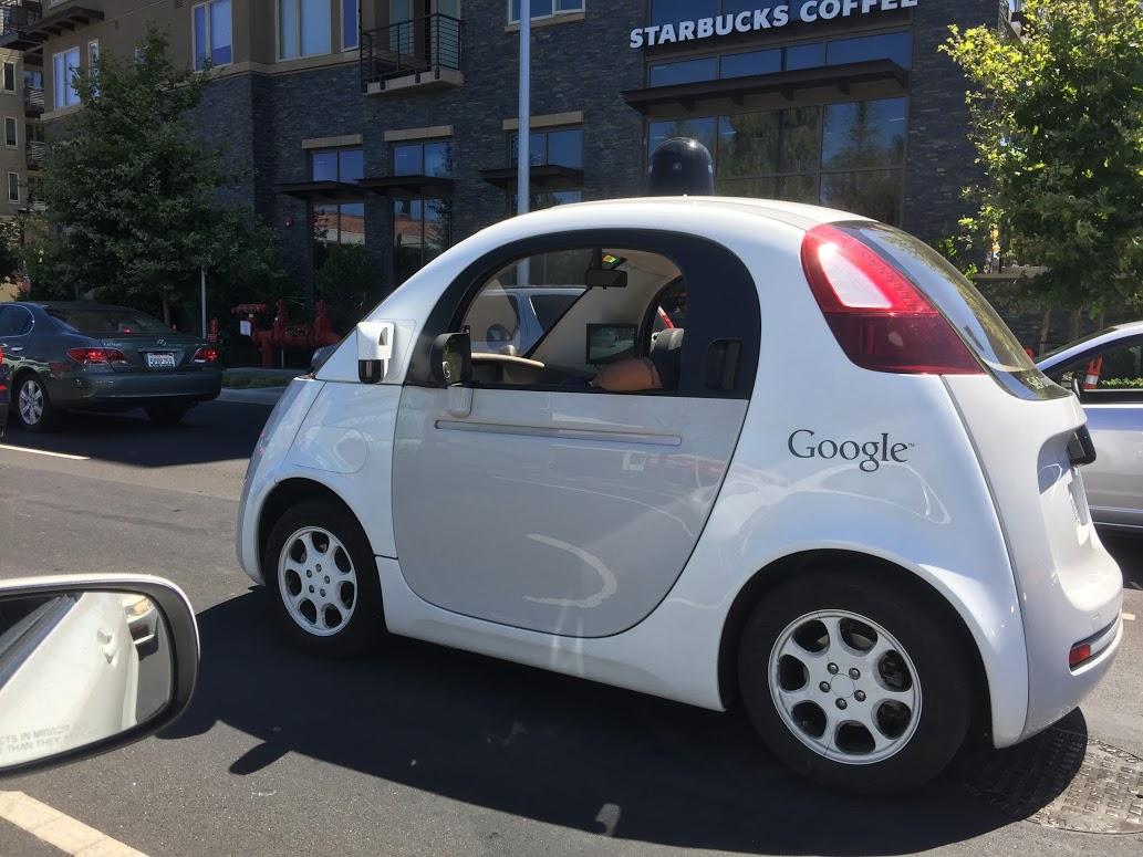Xe tự hành của Google không cần vô lăng