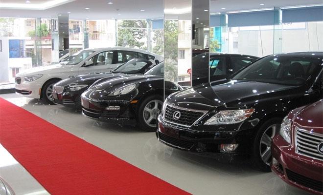Việt Nam nhập hơn 74.000 ô tô trong 8 tháng