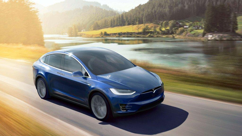 Nhà đồng sáng lập của Google tiết lộ mẫu xe mới của Tesla
