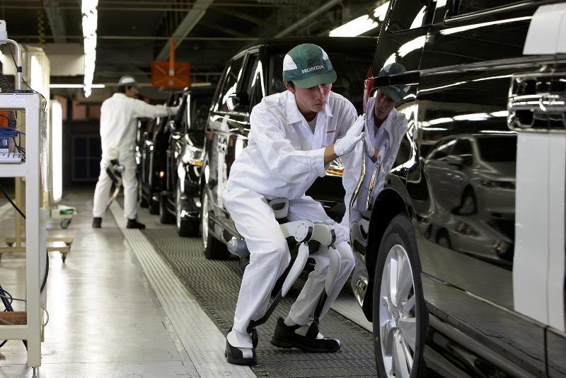 Việt Nam sẵn sàng bỏ 70% thuế nhập ô tô từ Nhật