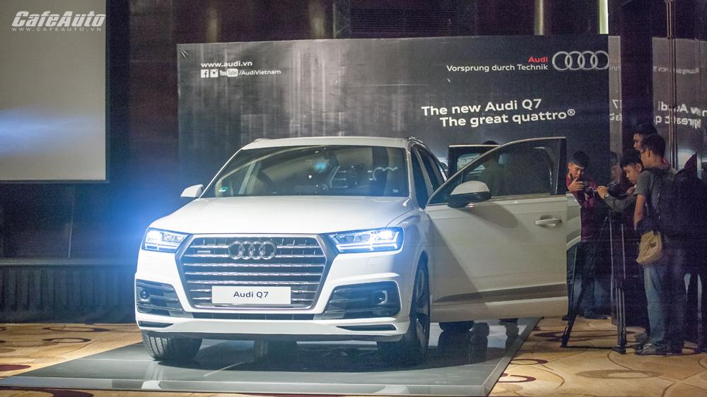 Audi bất ngờ ra mắt Q7 ngay trước thềm triển lãm VIMS