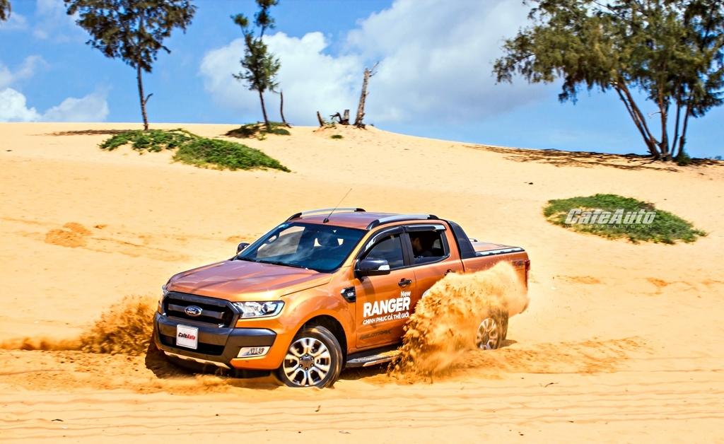 Ford Việt Nam bán chạy nhờ Transit và Ranger