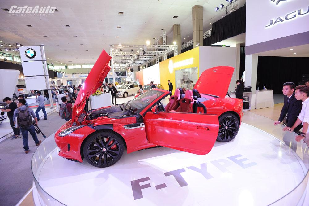 Mục sở thị mẫu xe thể thao Jaguar F-Type R Convertible