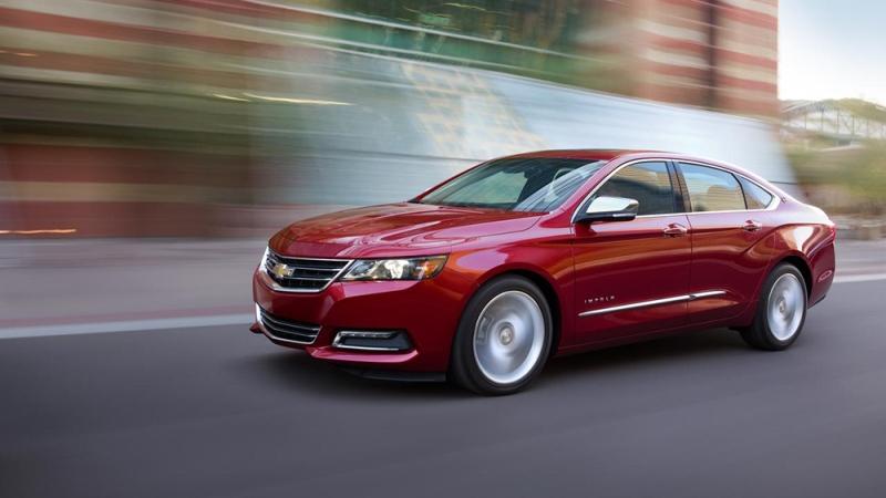 Top 10 chiếc xe đáng mua, hợp túi tiền nhất năm 2015