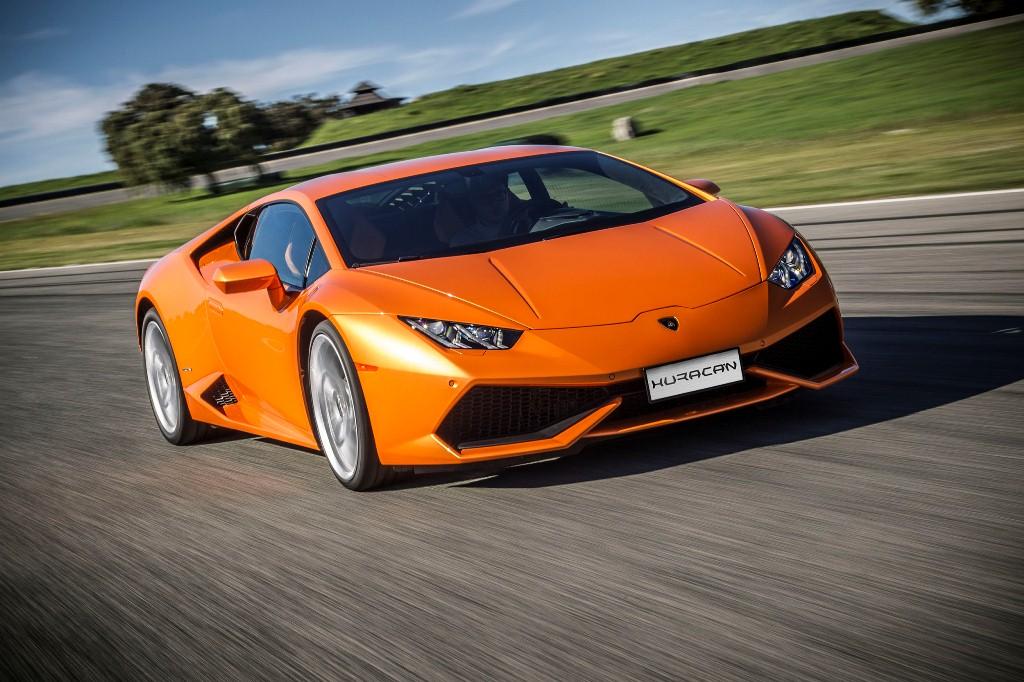 Lamborghini Huracan 2016 có gì hấp dẫn?