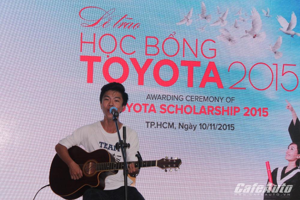 Thêm 37 suất học bổng của Toyota được trao cho sinh viên