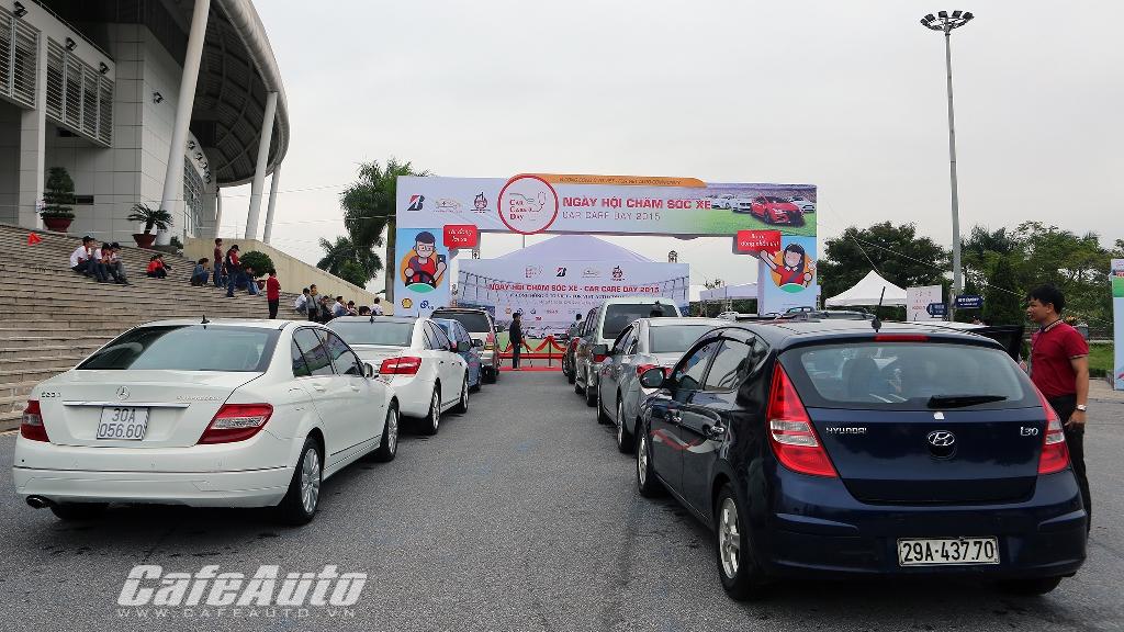 Người Hà Nội hào hứng tham gia ngày hội chăm sóc xe