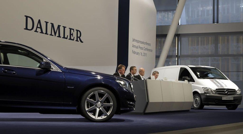 Bê bối gian lận khí thải của Volkswagen lan sang Mercedes-Benz?