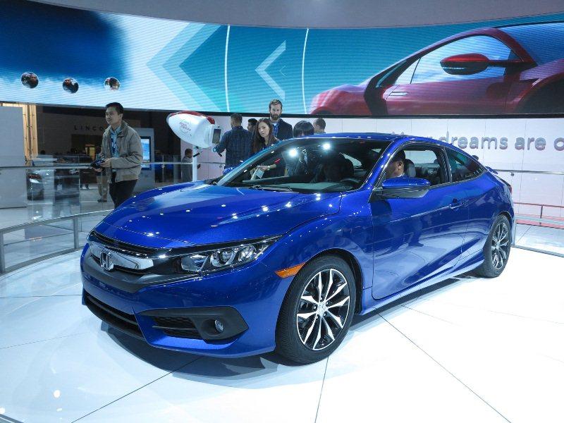 Honda Civic Si 2017 sẽ mạnh tới 230 mã lực