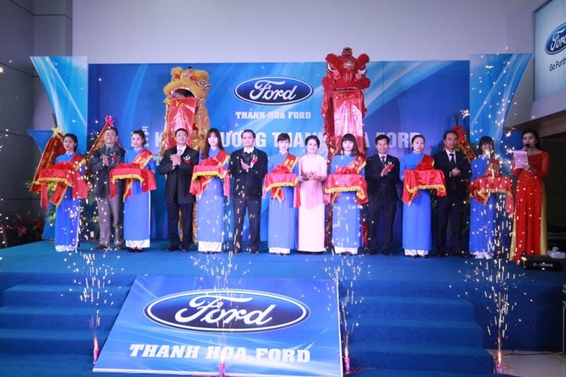 Ford Việt Nam khai trương hai đại lý mới tại Nha Trang và Thanh Hóa