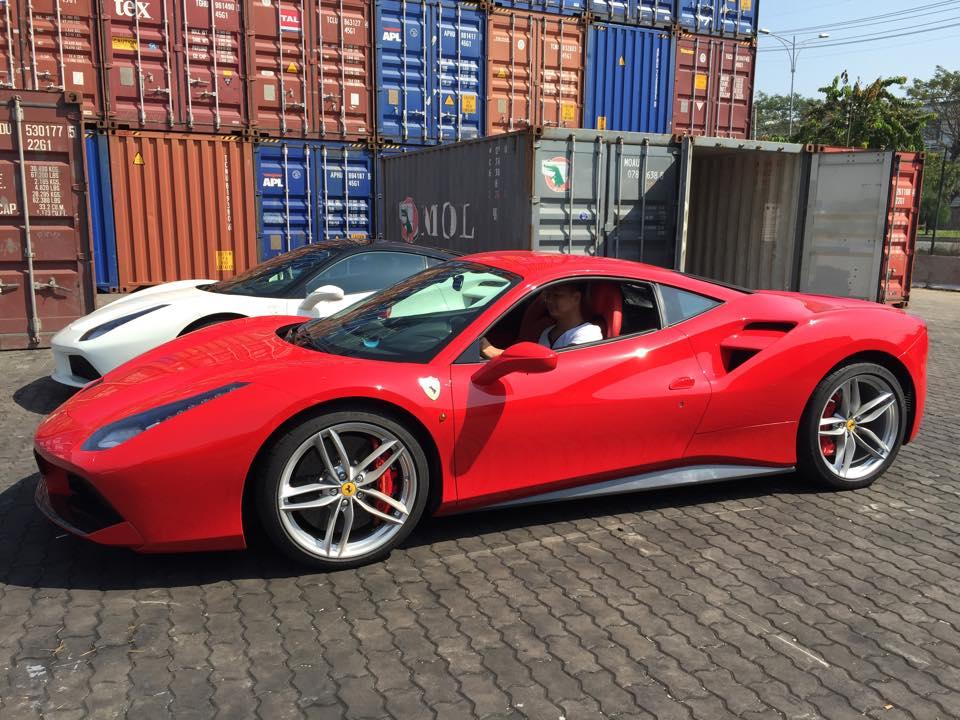 Bộ ba Ferrari 488 GTB đầu tiên về Việt Nam trong năm 2016